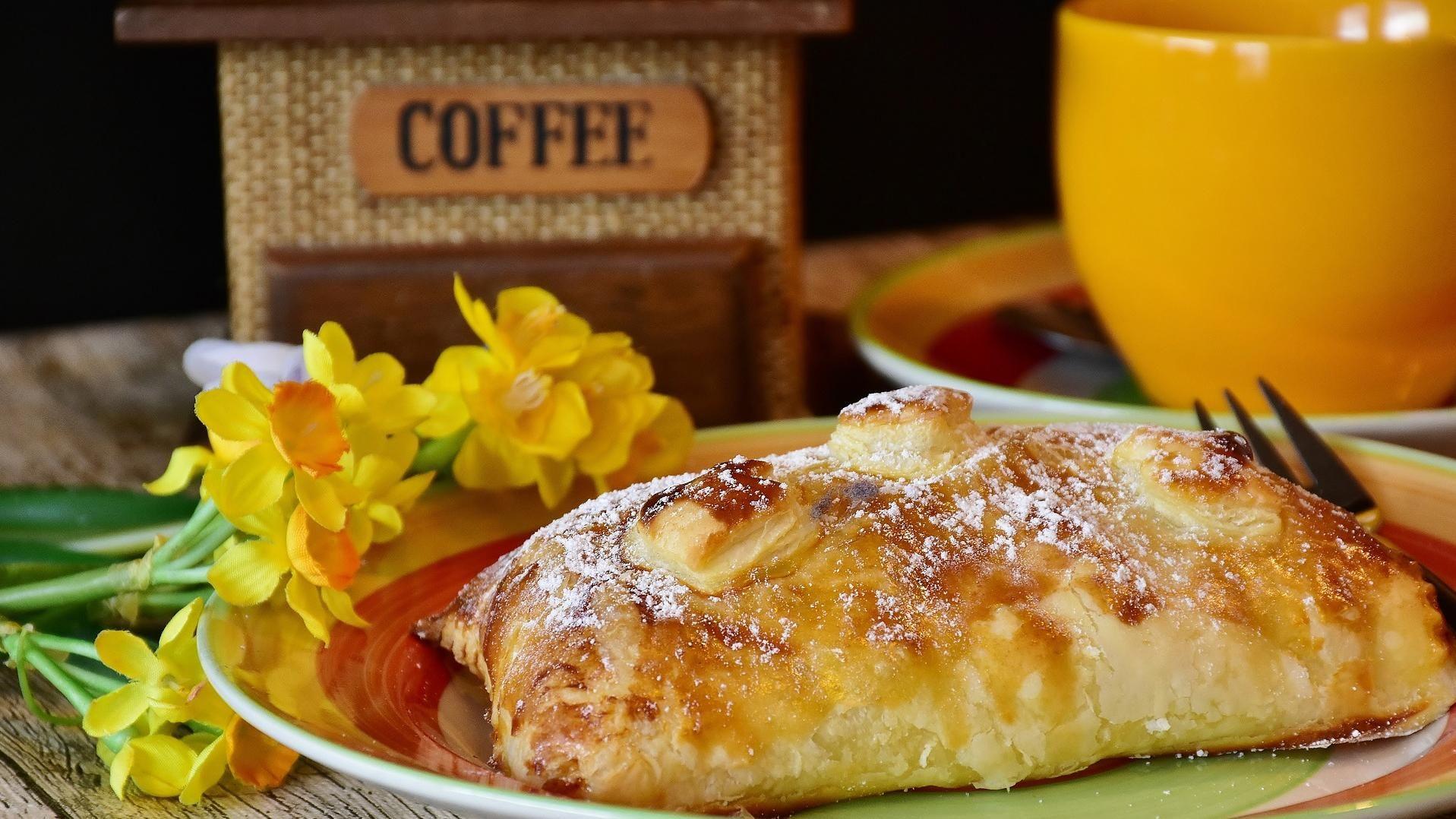 Genuss zu jeder Tageszeit - ... mit Kaffee und Kuchen in den Cafès