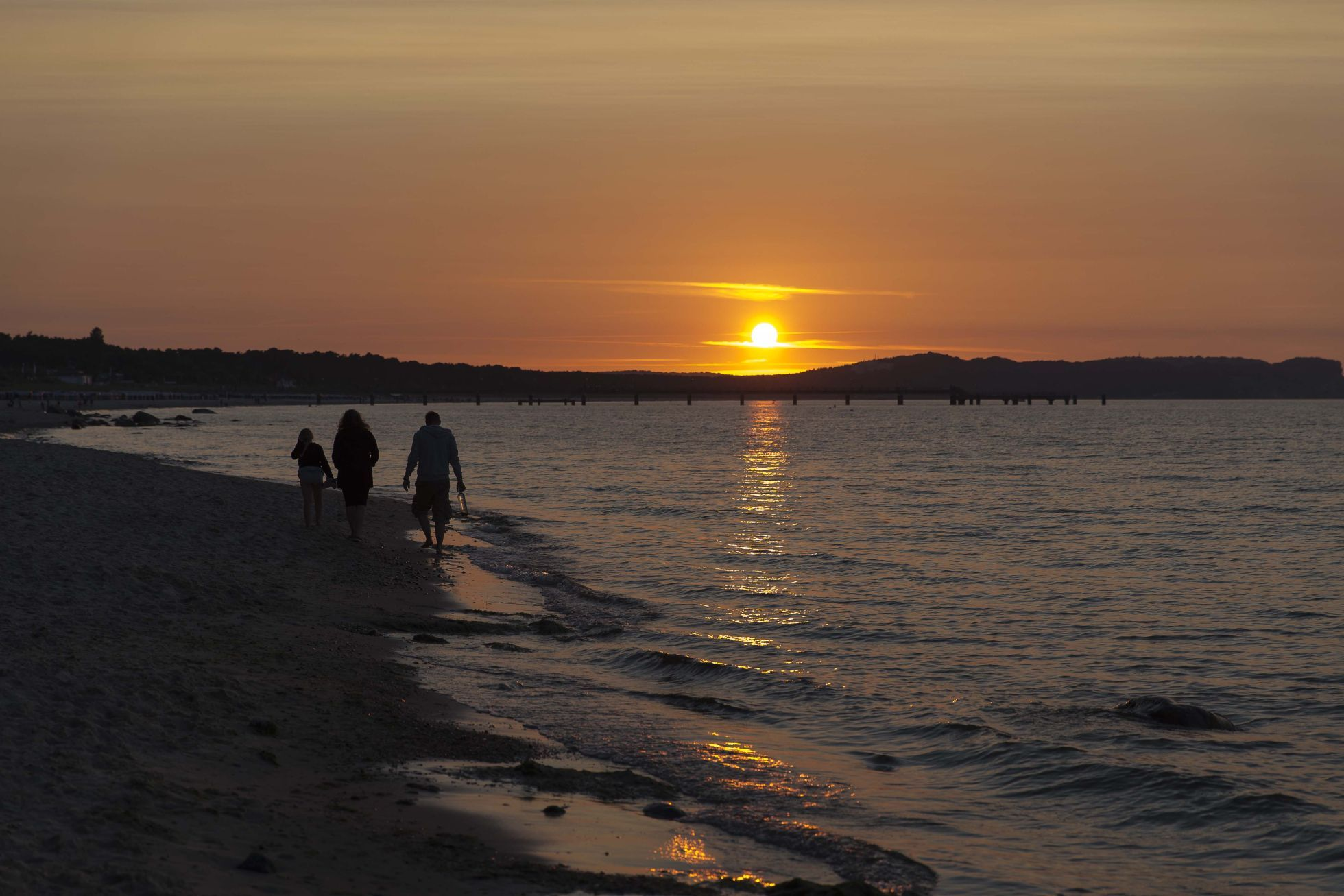 Nichtraucher-, Hunde- & Badestrand  - 24 Strandzugänge auf einer Länge von ca. 1,5 Kilometern ...