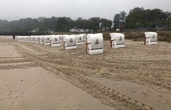Strandkorbvermietung direkt an der Seebrücke